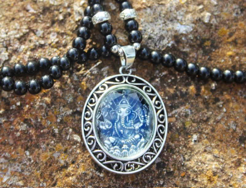 Oval Ganesha on agate pearl necklace