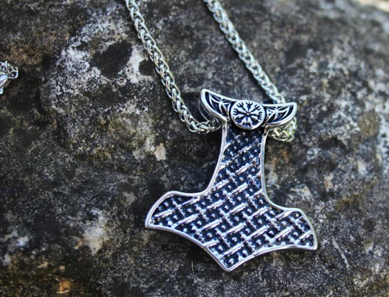Stainless steel Thorhammer with ravens and Vegvisir