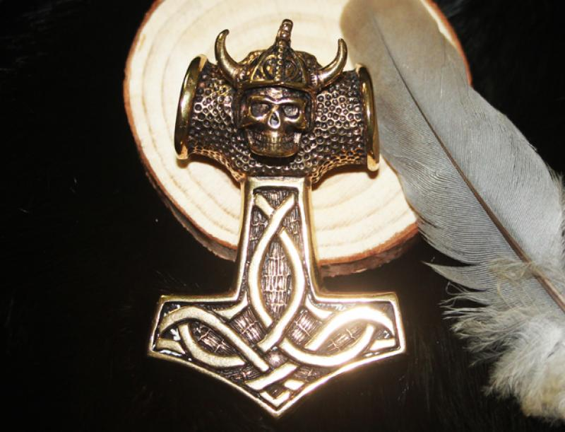 Great Thors Hammer Viking Skull