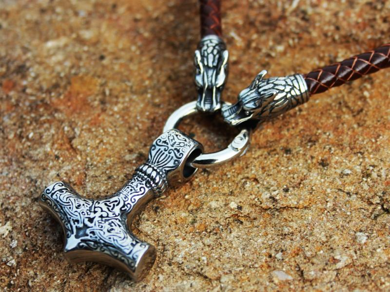 Wolf leather chain Thor's hammer