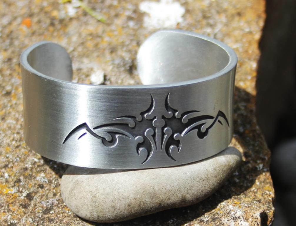 Pewter bracelet Tribal