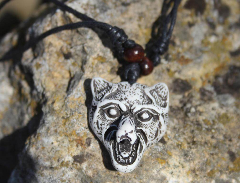 Great white wolf head pendant